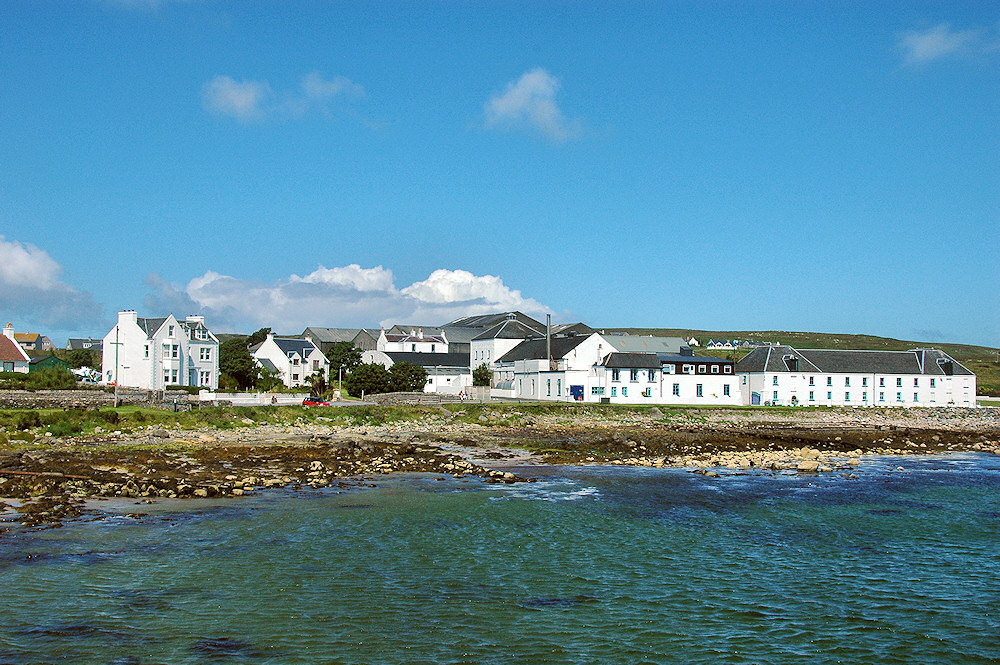 Picture of Bruichladdich distillery on a beautiful sunny day, seen from the pier