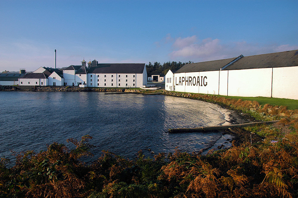 Picture of Laphroaig distillery in the mild evening light
