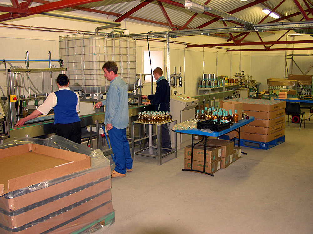 Picture of a whisky distillery bottling hall