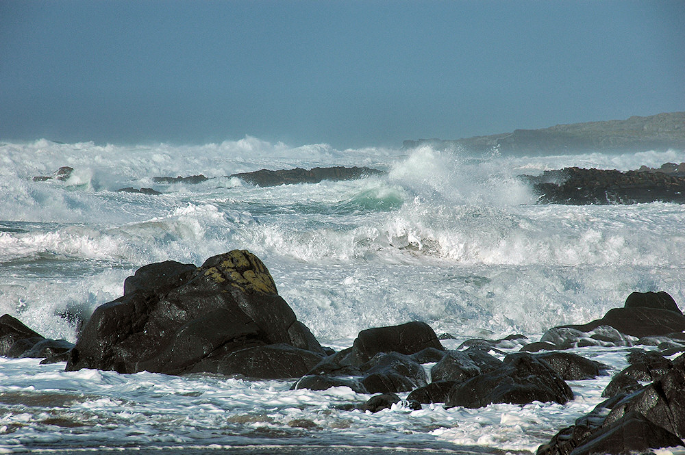 Picture of a bay on a stormy day