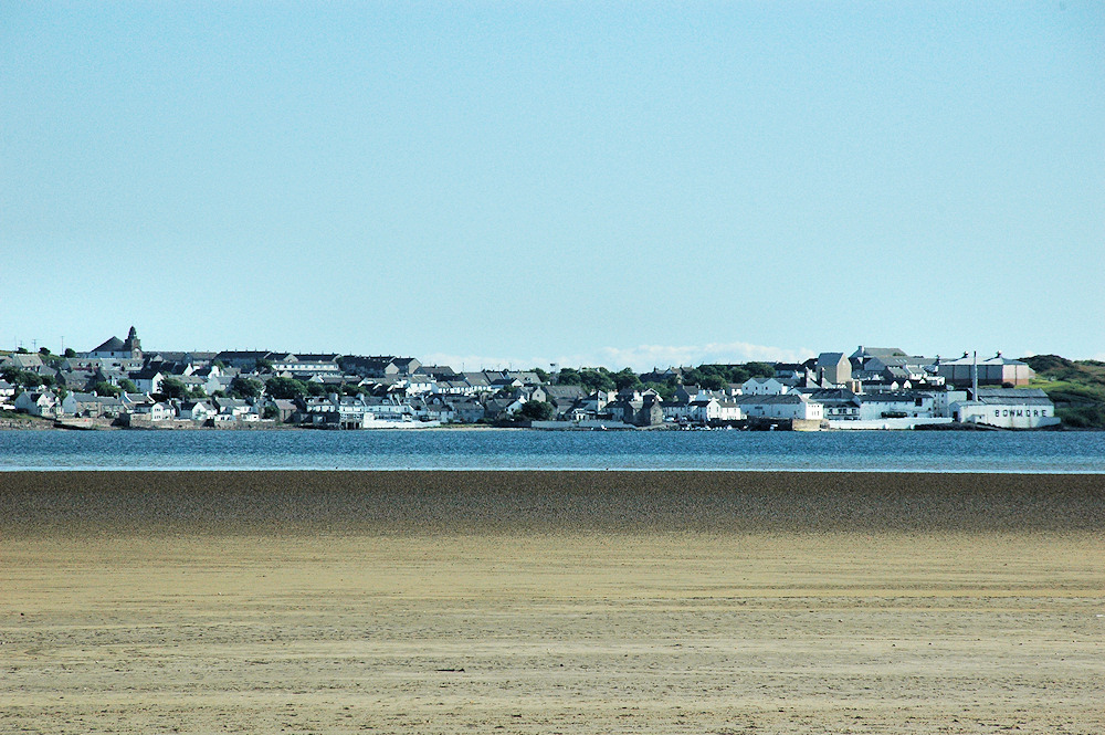 Picture of a village seen across a sea loch