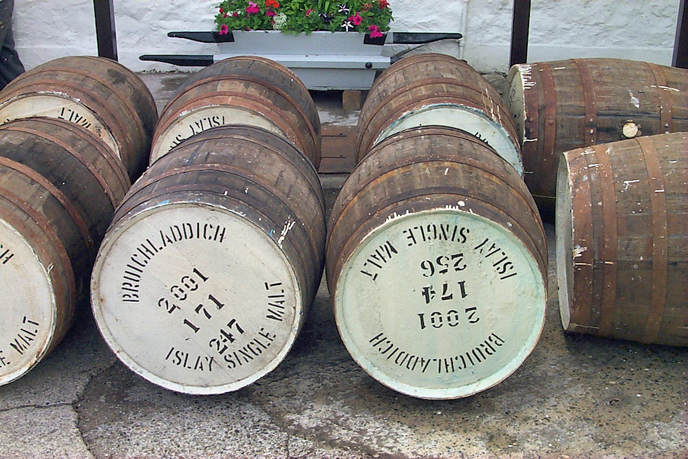 Picture of some Bruichladdich casks from 2001