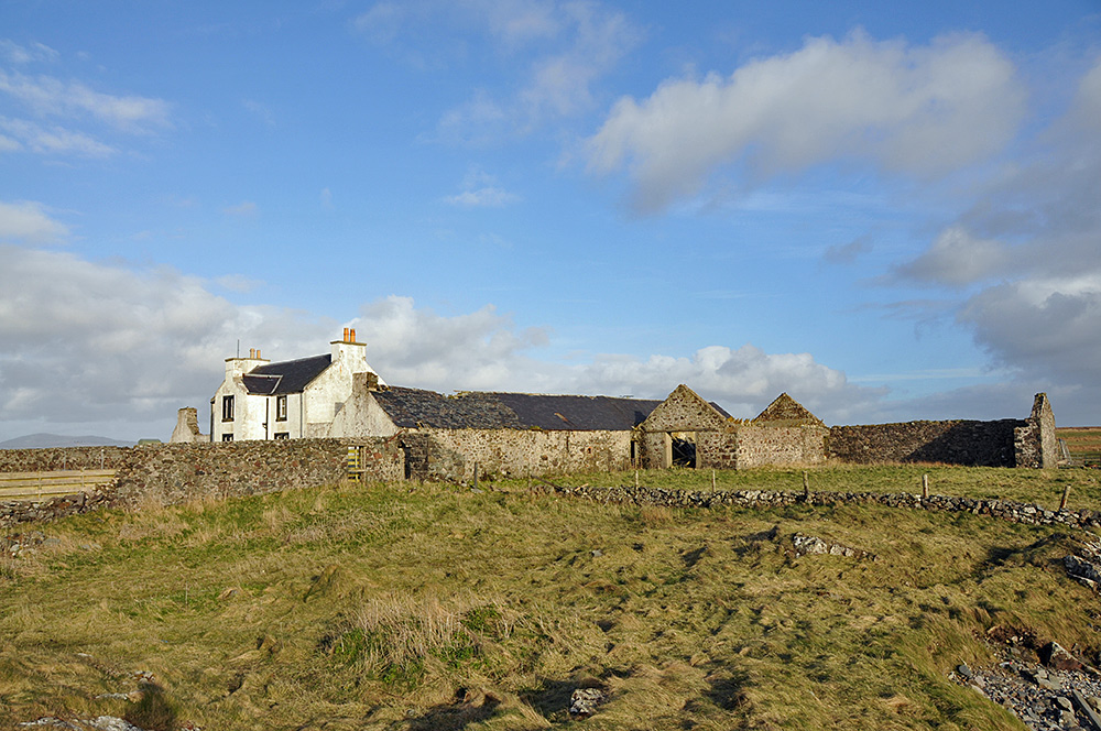 Picture of a largely ruined farm