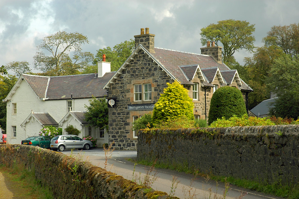 Picture of the Bridgend Hotel on the Isle of Islay