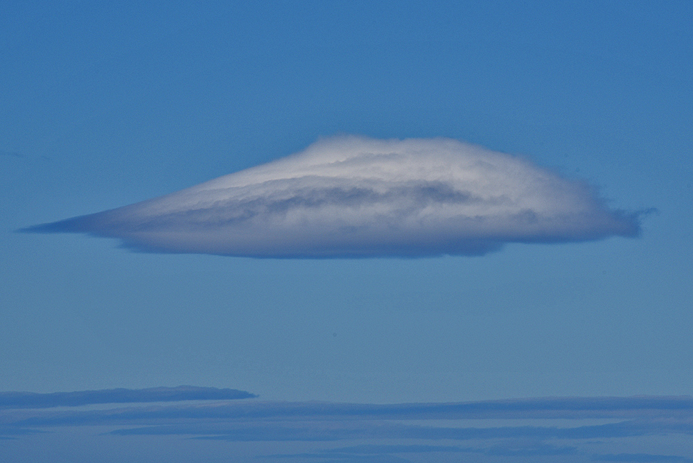 Picture of an interestingly shaped cloud