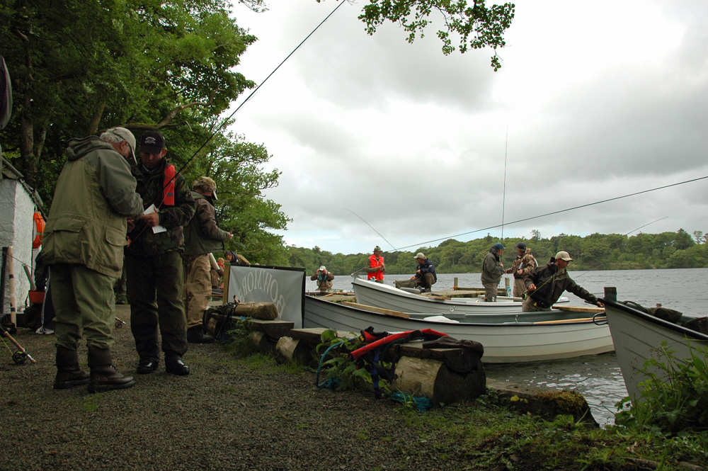Picture of fly fishing competitors preparing for a day on a lake