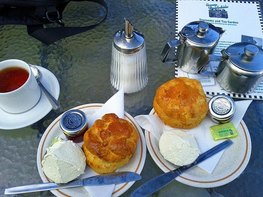 Picture of cream tea with scones, clotted cream and jam